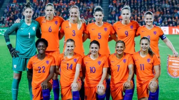 italie nederland vrouwenvoetbal