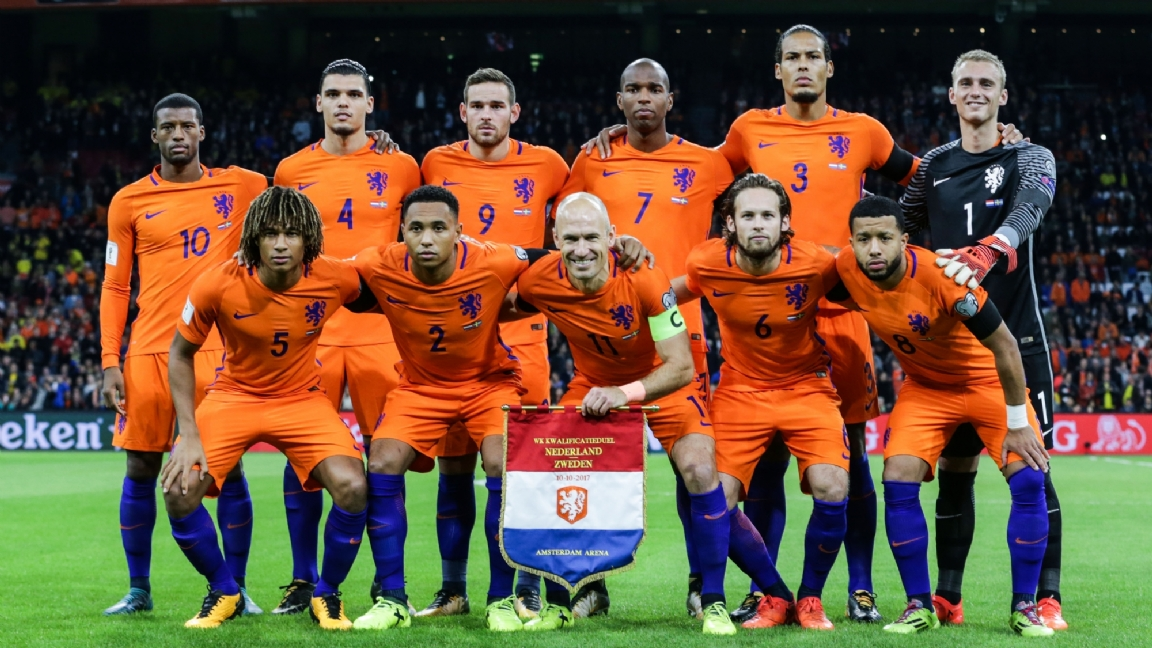 Viervoudig international denkt niet aan Oranje: 'Het EK zit niet in mijn hoofd' - Voetbalzone.nl