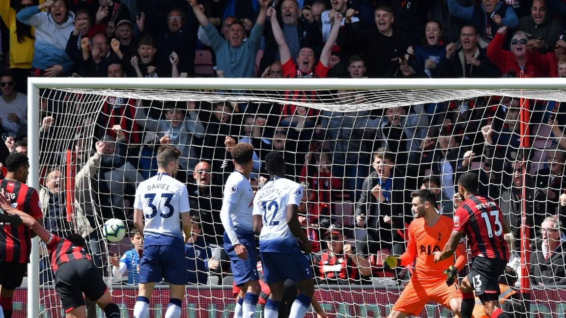 b4ebe95cb37 Tottenham Hotspur is zaterdag met 1-0 onderuit gegaan in zijn laatste  wedstrijd voor de return tegen Ajax in de halve finales van de Champions  League van ...