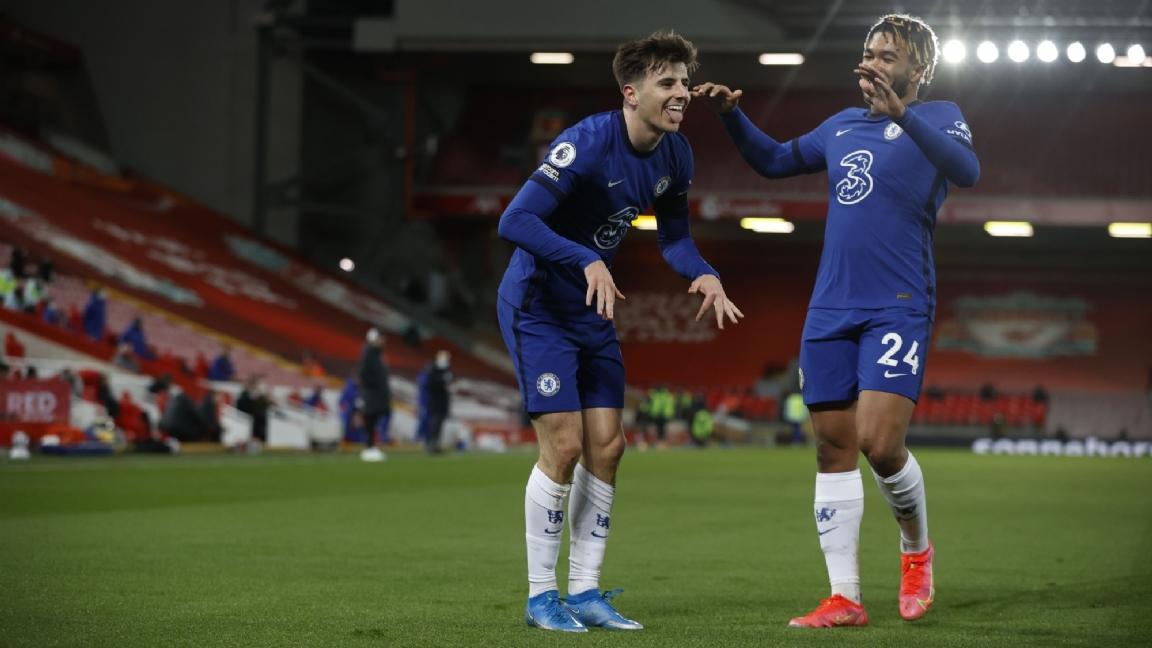 Chelsea dient onthutsend zwak Liverpool historische nederlaag toe - Voetbalzone.nl