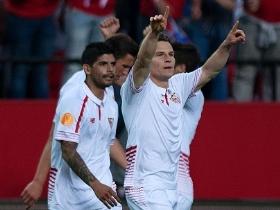 In een zeer onderhoudende eerste helft hielden Sevilla en Shakhtar elkaar  in evenwicht. De ploeg van Emery domineerde aanvankelijk en kwam via Kevin  Gameiro ... eebf9d6885ad0