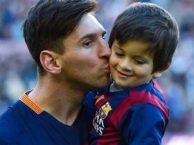 Zoon Messi Gaat Voetballen Bij Jongste Team Van Barcelona