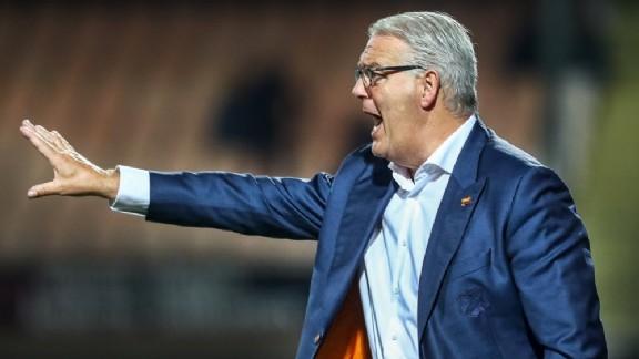 VVV respecteert wens De Koning en start zoektocht naar nieuwe trainer - Voetbalzone.nl