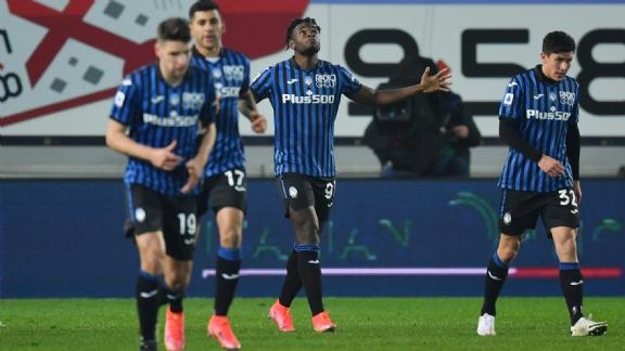 Atalanta maakt reuzenstap na doelpuntrijke tweede helft met zes treffers - Voetbalzone.nl