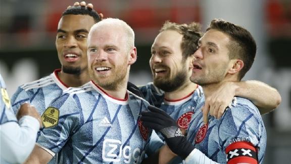 TOTO's tips: Zet Ajax reuzenstap in titelrace en haakt PSV definitief af? - Voetbalzone.nl