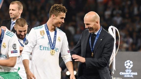 Zidane steekt loftrompet over Ronaldo na gerucht over mogelijke terugkeer - Voetbalzone.nl