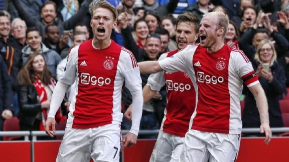 'Als trainers dat meer geprobeerd hadden, was ik bij Ajax stuk beter geworden' - Voetbalzone.nl