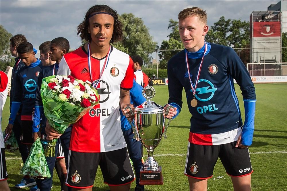Zirkzee Plaatst Ihattaren En Feyenoord Talent In Rijtje Met Gnabry